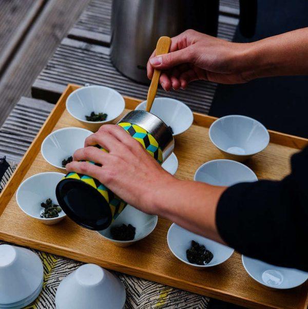 Bowl tea step 1 - put some tea into small bowls